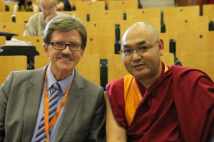 parlamentsprecher-der-tibeter-khenpo-sonam-tenphel-und-thomas-mann