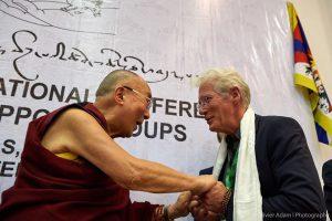 seine-heiligkeit-und-langja%cc%88hriger-tibet-unterstu%cc%88tzer-richard-gere